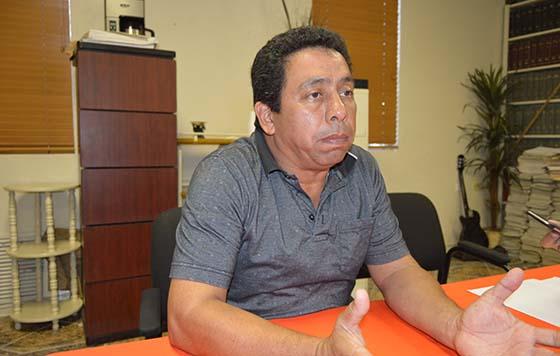 ADMINISTRADOR GENERAL DE ADUANAS PROMETE SOLUCIÓN A IMPORTADORES DE AUTOS