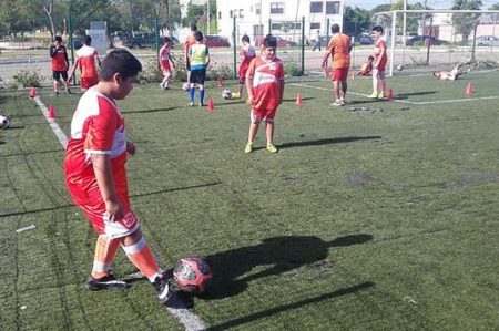 Abierta Academia de Fútbol Correcaminos Reynosa