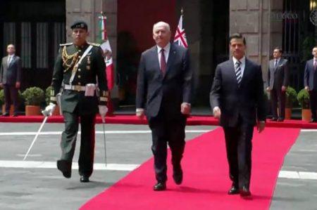EPN recibe al gobernador de Australia, Peter Cosgrove