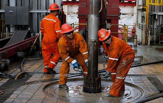 Hacienda contrata coberturas petroleras con un precio de 42 dpb