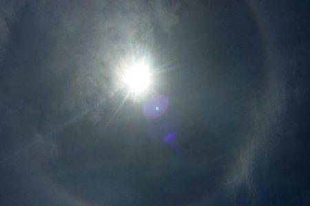 Halo solar maravilla a capitalinos