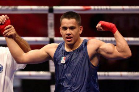 Misael Rodríguez gana y se acerca a la medalla en boxeo
