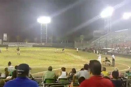 Video muestra el triste último out de los Broncos en casa