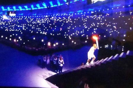 Vanderlei de Lima enciende el pebetero de Río 2016