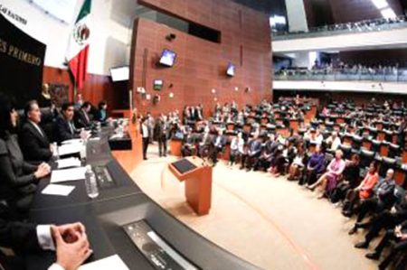 Comparecerán 7 secretarios en Senado por glosa de Informe