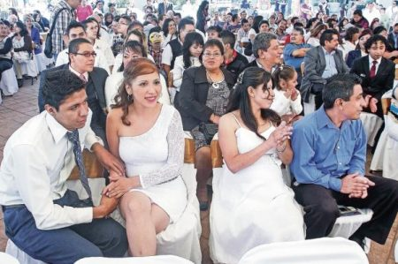 Otorgan amparo a jóvenes para casarse