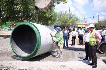 Supervisa Cienfuegos obra de drenaje pluvial en Cañada Blanca
