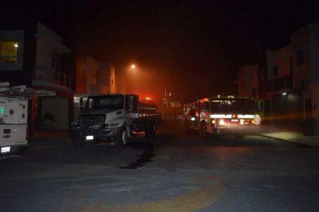 Incendio en Las Quintas deja tres lesionados