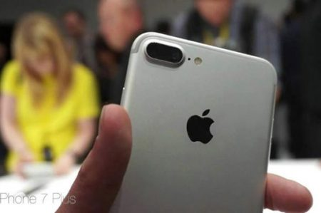 Exponen diferencias en el rendimiento de modelos del iPhone 7