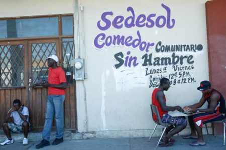 Comedores de Sedesol atienden a migrantes de Haití y el Congo