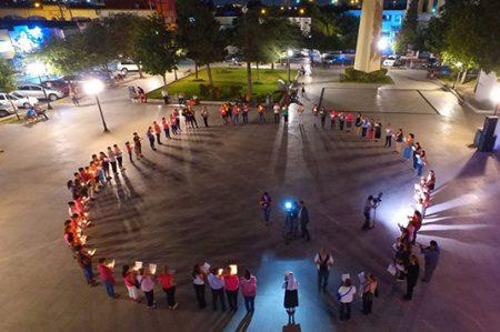 Realiza San Nicolás cadena de oración por enfermos de cáncer