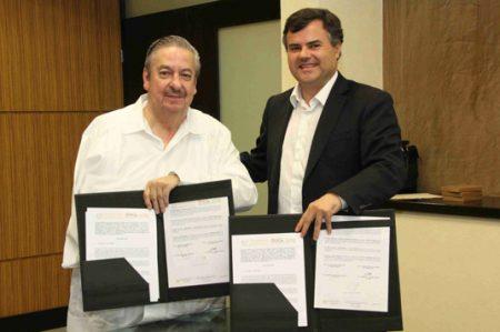 Firma UAT convenio con el Centro de Formación Técnica ENAC de Chile