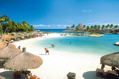 Vacacionar en una de las 10 playas más bellas del mundo