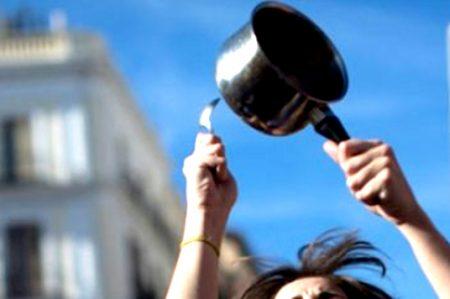 Aún detenidas mujeres que mataron a ladrón a cacerolazos
