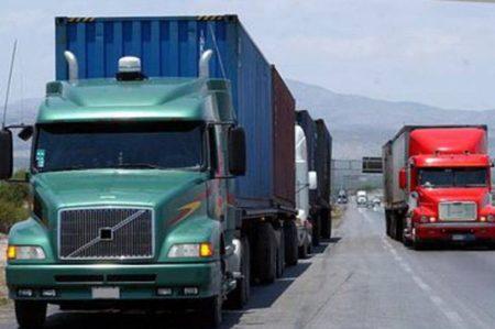 Se dispara 200% robo de camiones en últimos 12 meses