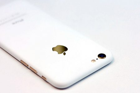 Apple podría lanzar un nuevo iPhone 7 Blanco brillante