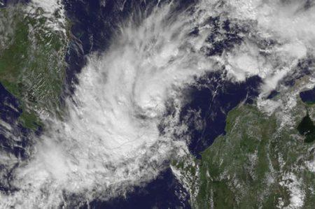 Costa Rica declara alerta roja por tormenta tropical 'Otto'