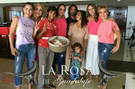 Paco 'vendedor de empanadas', decepciona a usuarios de redes sociales