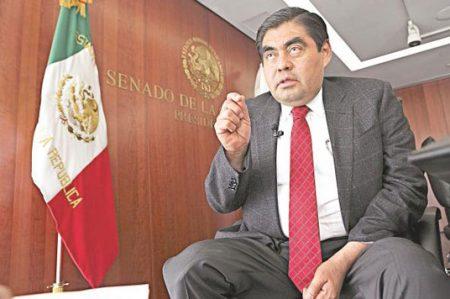Es un error ir a Washington, advierte Barbosa a Peña Nieto