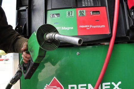 Gobierno puede mantener precio de la gasolina sin cambios