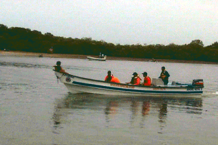 Amplían búsqueda de pescadores desaparecidos