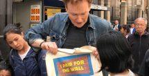 En México no están muy interesados en quién va a pagar el muro: Conan O'Brien