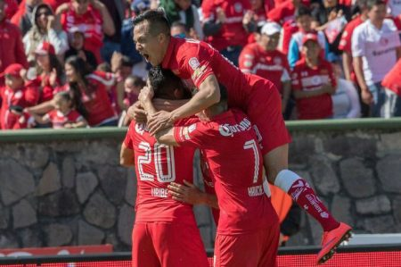 Toluca celebra su Centenario con triunfo 1-0 sobre Veracruz