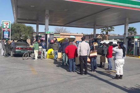 Gasolineras de Matamoros a Laredo cierran en protesta