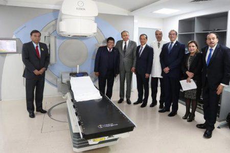 ISSSTE actualiza equipo de radioterapia para aumentar atención