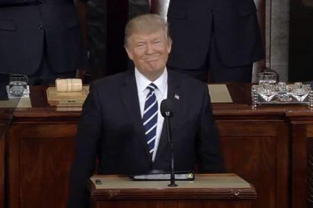 Sistema de inmigración debe basarse en méritos: Trump