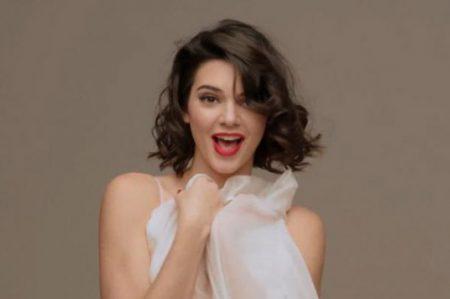 Kendall Jenner se transforma en Marilyn Monroe en video