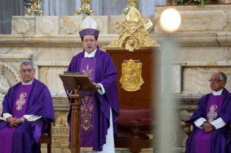Piden orar para que gobernantes recuerden que familia es la unión