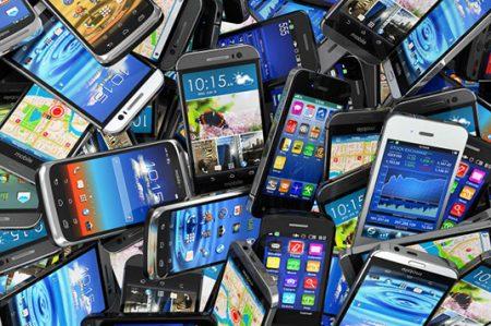 Cinco cosas que buscamos en un celular ideal