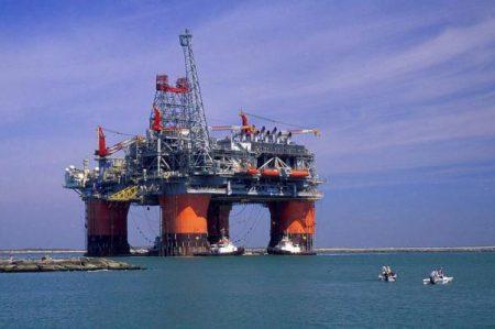 Van contra evasión fiscal en sector de hidrocarburos