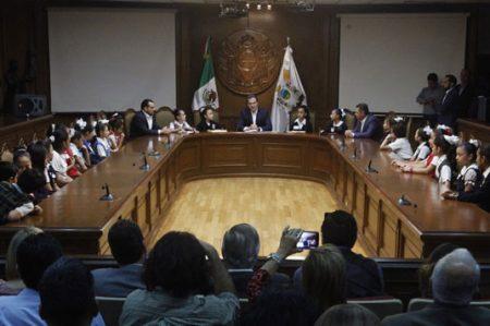 Entregan en Monterrey Declaratoria del 10º Parlamento Infantil de México