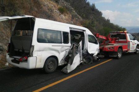 Volcadura deja nueve lesionados en Hidalgo