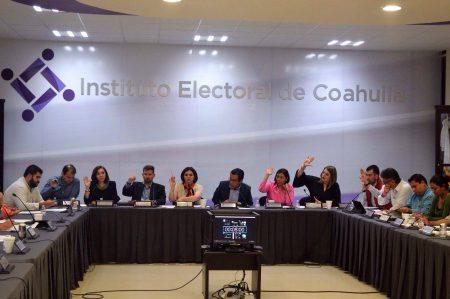 Autoriza IEC dos debates a la gubernatura de Coahuila