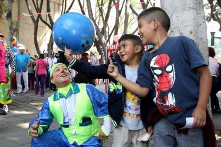 Celebra voluntariado Día del Niño en el IMSS