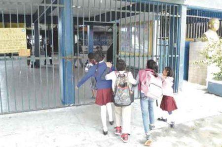 Llama Gobierno a intensificar prevención escolar