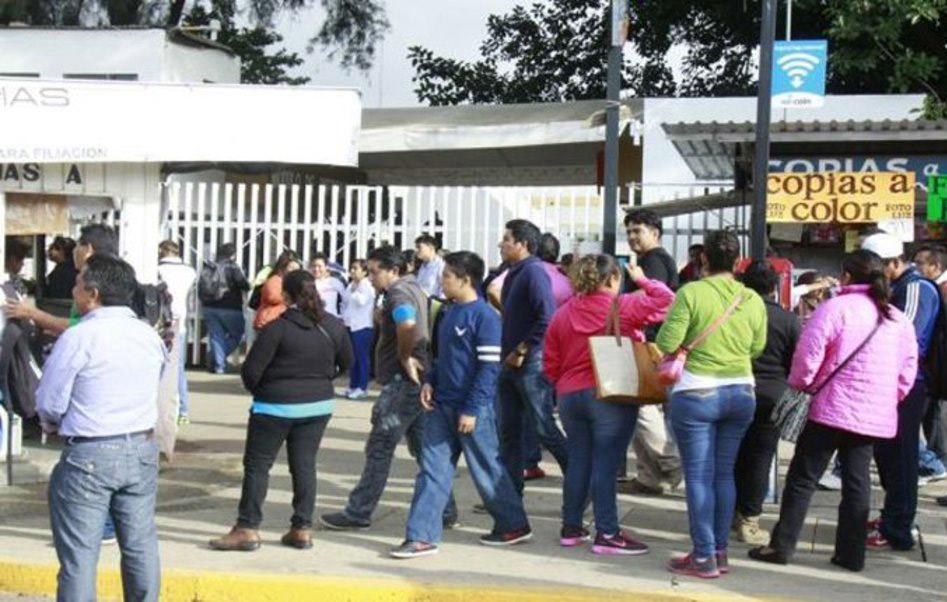 CIPO bloquea violentamente Ciudad Administrativa
