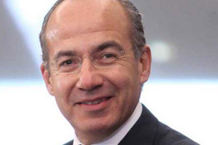 Por eso AMLO maneja 'puro efectivo', dice Calderón
