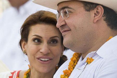 Esposa de Duarte puede andar libre en el país: PGR