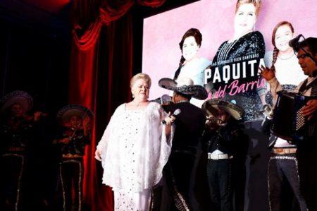 Paquita la del Barrio acude a presentación de su serie
