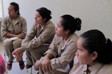 Dan recomendación por violaciones contra mujeres recluidas en Morelos
