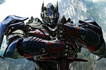 Ve aquí la traición de 'Optimus Prime' (VIDEO)