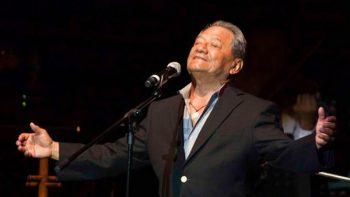 Armando Manzanero canta para apoyar a pacientes de leucemia