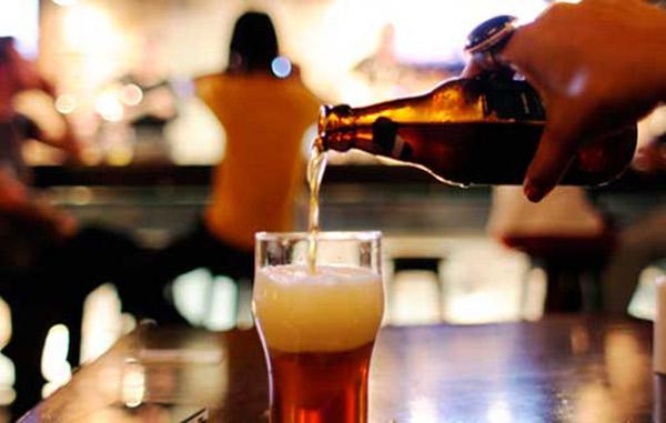 Cerveza es más efectiva que paracetamol para el dolor
