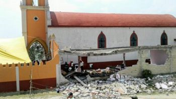 Explota pirotecnia en iglesia de Almoloya; 11 heridos