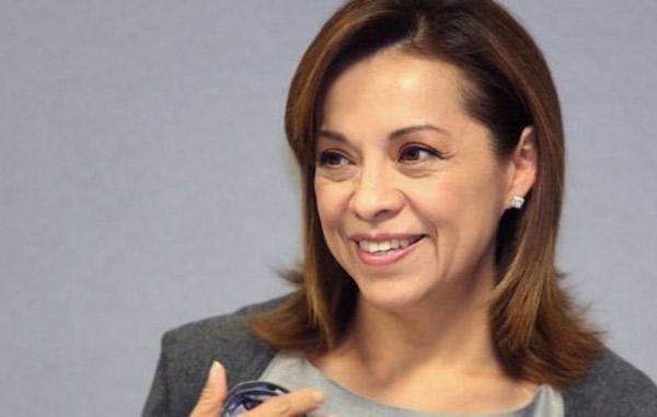 Denuncia el PAN a Delfina Gómez en la Fepade