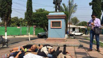 Exigen resultados en caso de periodista 'levantado' en Michoacán